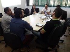 Momento de reunião da comissão com o diretor de ensino técnico e a pró-reitora de ensino do IFTO, que auxiliam nos trabalhos