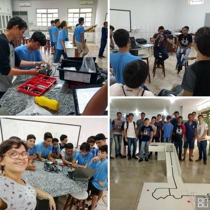 Ensino de robótica prática para alunos da escola CSCJ