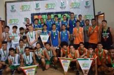 Premiação do basquete masculino: Campus Palmas 1º, Campus Paraíso do Tocantins 2º e Campus Porto Nacional 3º