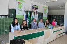 Durante café da manhã com a comunidade, representantes do Campus Colinas do Tocantins apresentam demandas para melhoria da unidade e