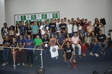 Participantes do FLISOL durante encerramento
