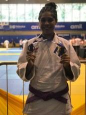 Estudante conquistou medalhas de bronze