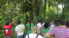 Estudantes conhecem fauna e flora de Lagoa da Confusão